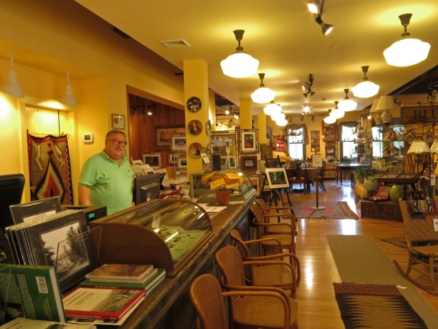 Manager Rick Thomas welcomes you to the Tannersville Antique and Artisan Center.